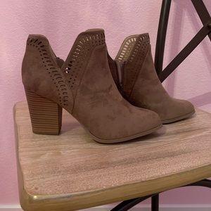 Matisse suede brown heeled boot